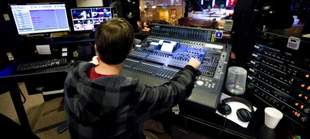 The Importance of Hiring Audio Visual Companies