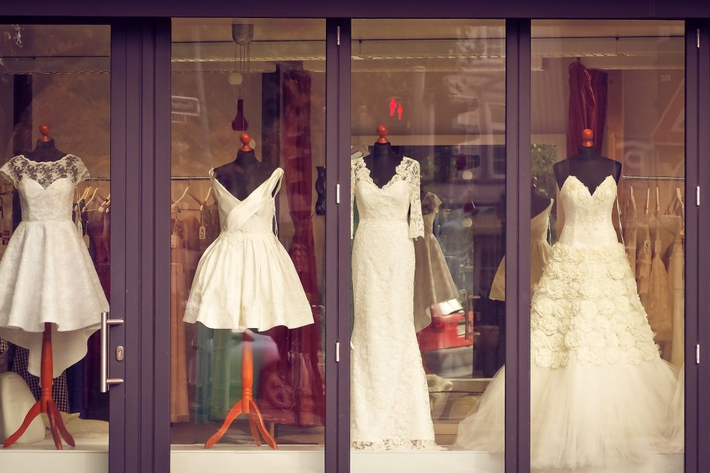 Tips To Find The Right Bridal Shop